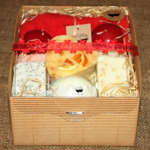 Medium Goats Milk Valentines Hamper