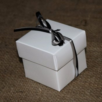 White Glossy Favour Box