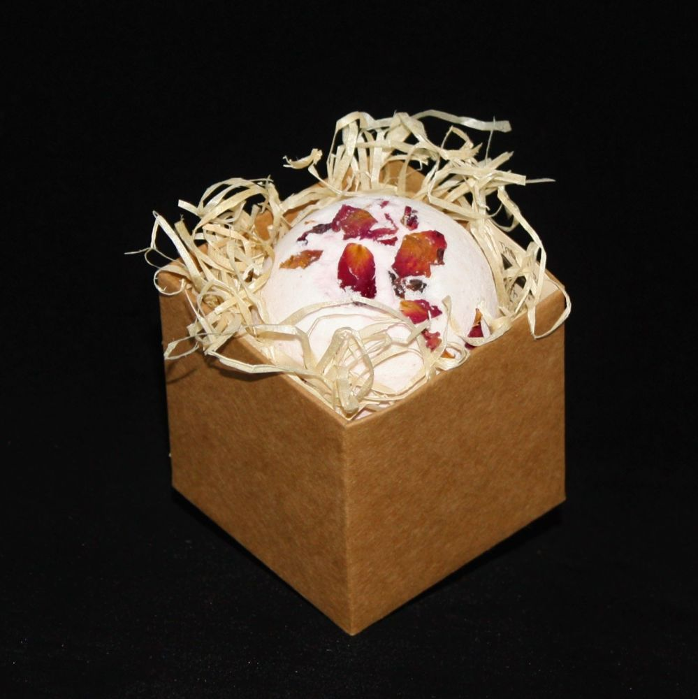 Juicy Cherry Bath bomb In Gift Box