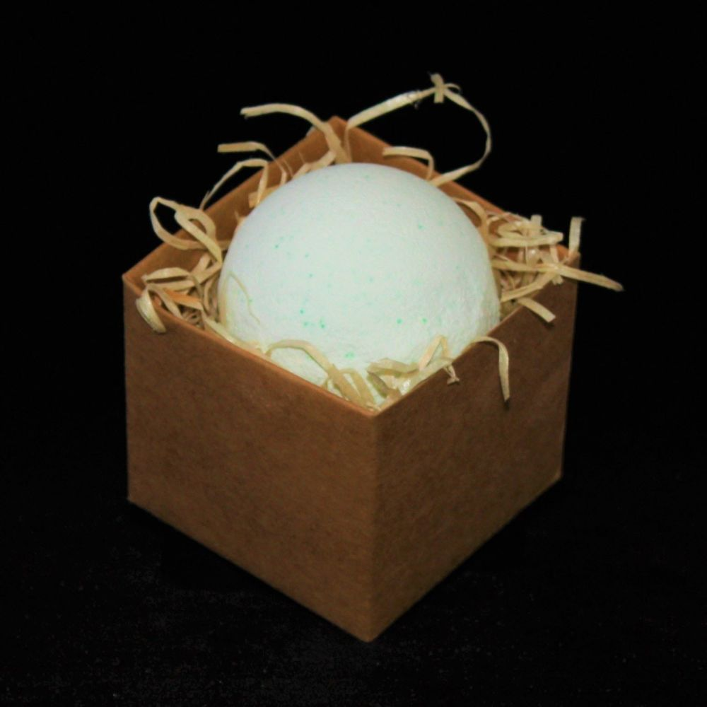 Key Lime Bath Bomb In Gift Box