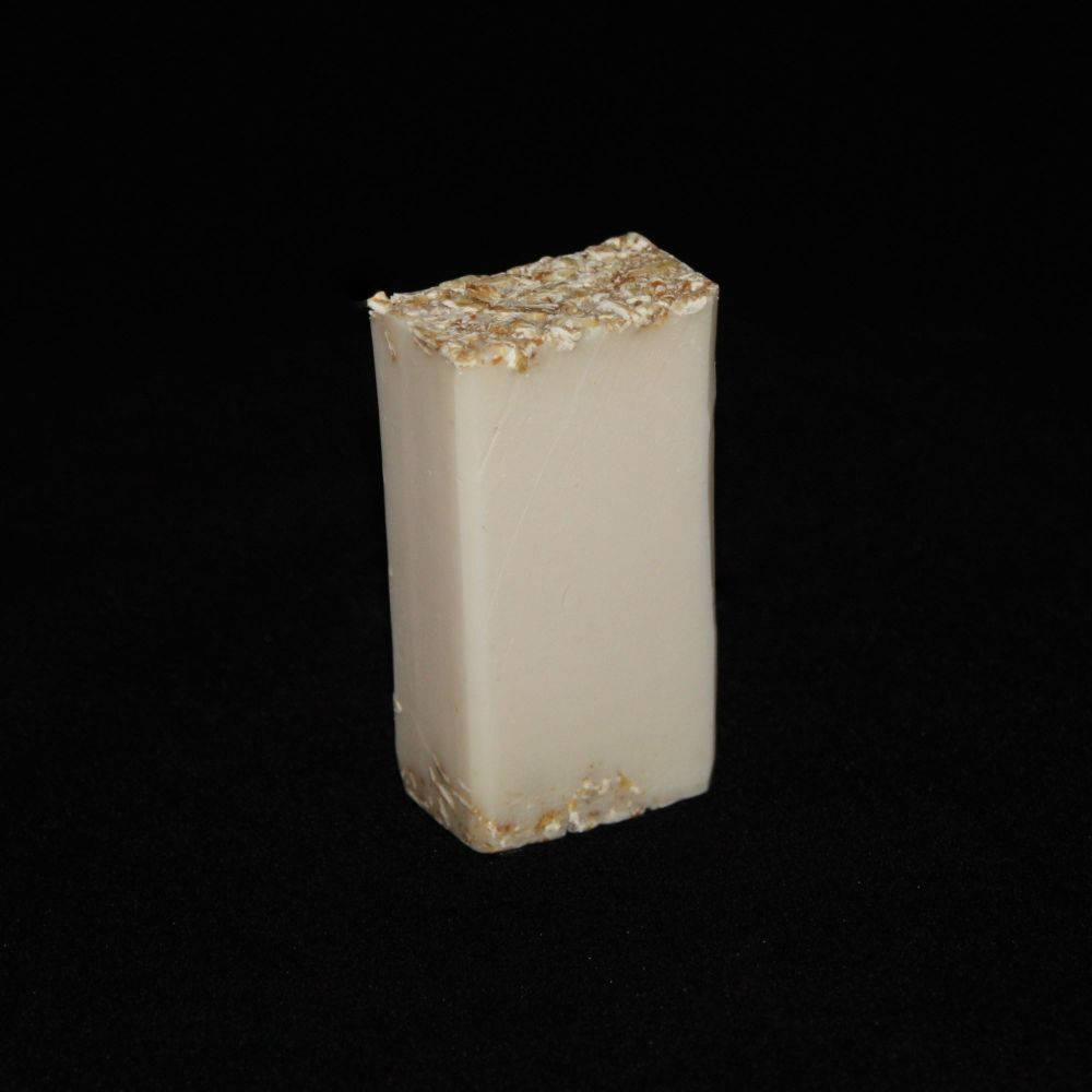 Oats Goats Soap Bar (Almond & Pistachio)