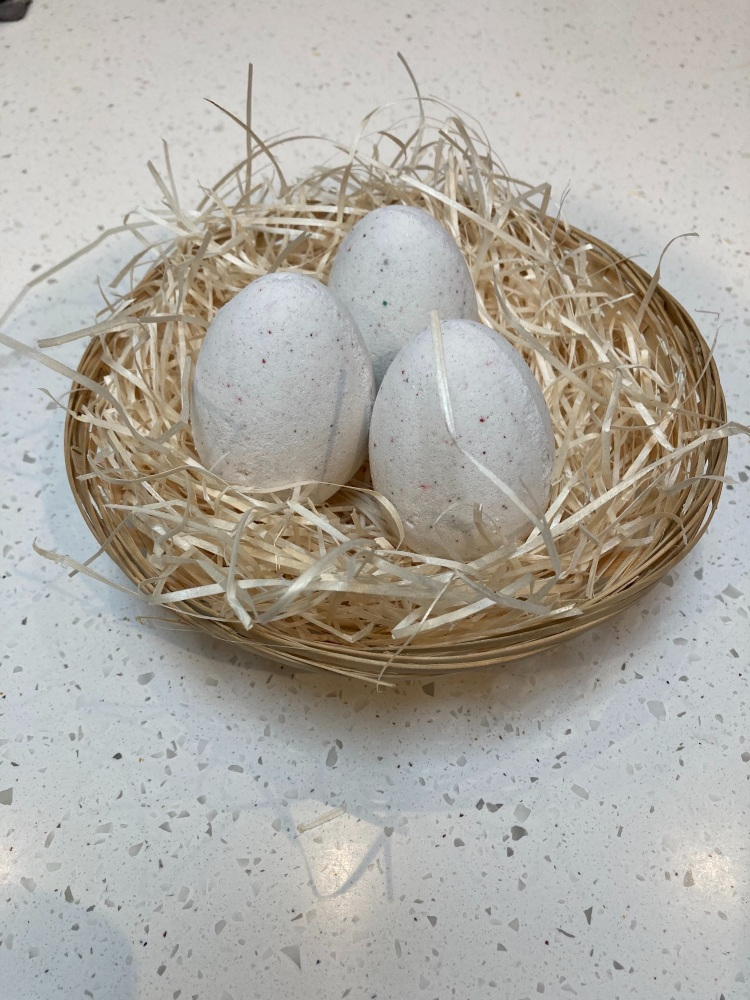 Egg Bath Bomb Gift Set