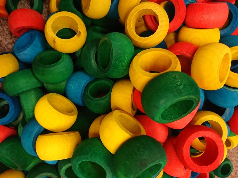 Colours pine tyres - 10 pack - pine chew toy