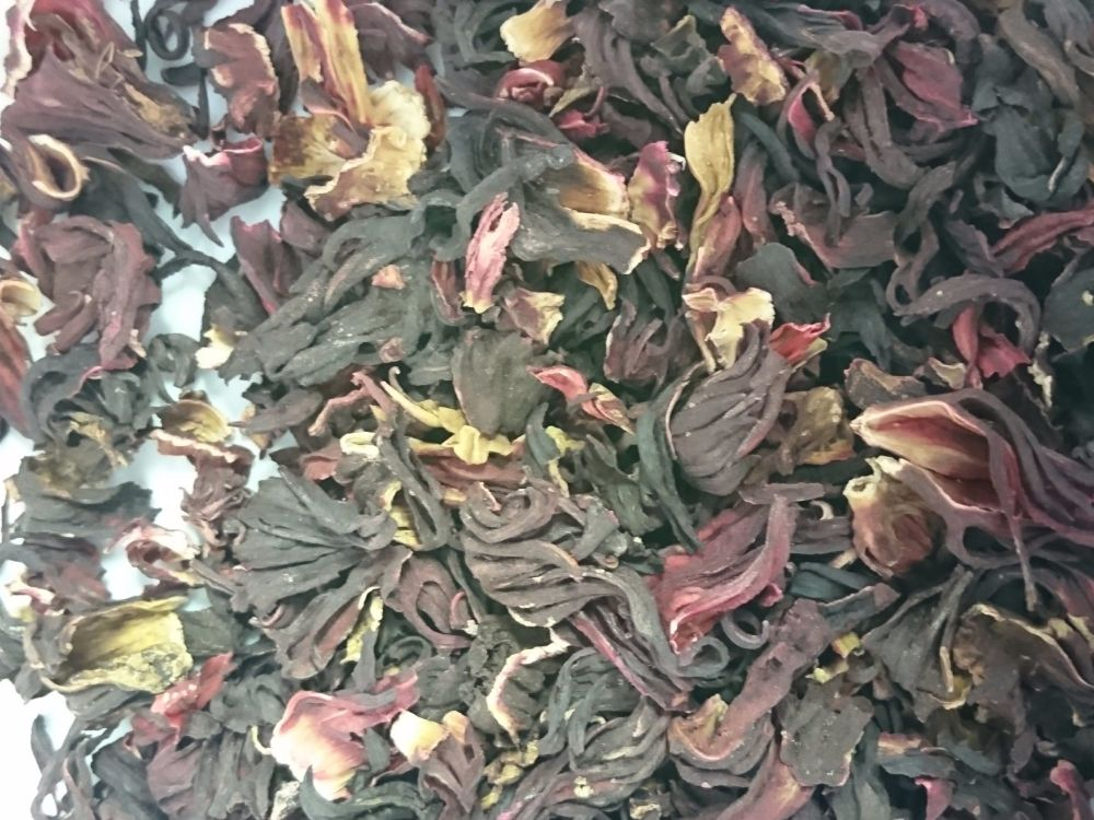 Hibiscus Blossom 20g - dried flowers for guinea pigs from minipetz
