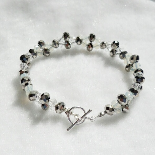 Silver Sparkle - Beaded Bracelet with Toggle Clasp
