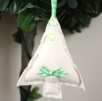 Tree Hanging Decoration - Green Gingham