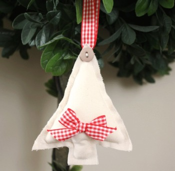 Tree Hanging Decoration - Red Gingham