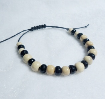 Mens Round Wooden & Glass Bead Bracelet with Macrame Fastener