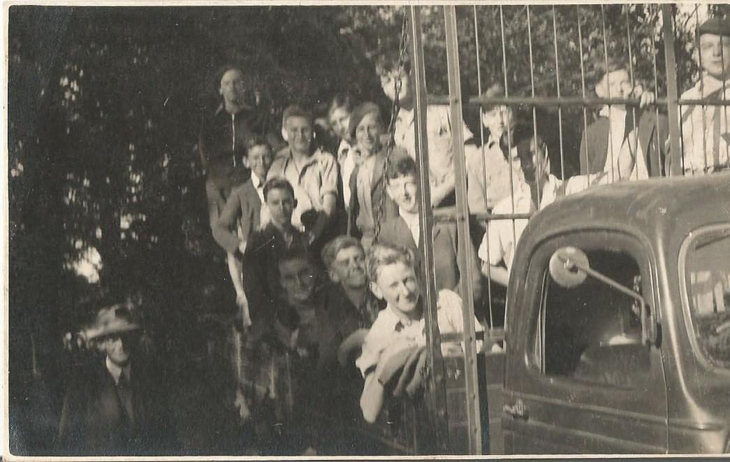Down harvest camp 1943 n2