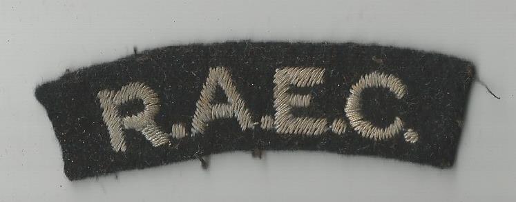 geoffrey huttons raec jacket badge raor 19470002