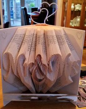 Book Folding Pattern 'Mr & Mrs' (384 Folds)