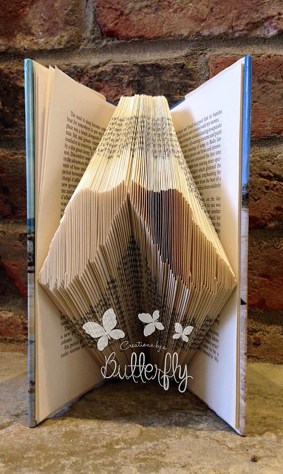 Book Folding Pattern 'Small Wings' (61 Folds)