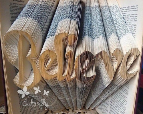 Book Folding Pattern 'Believe' (584 Folds)