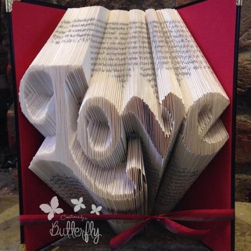 Book Folding Pattern 'Love' (304 Folds)