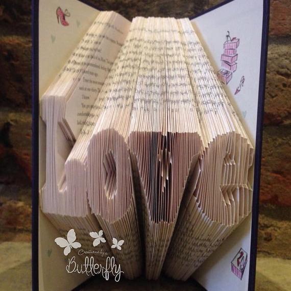 Book Folding Pattern 'Love' (169 Folds)