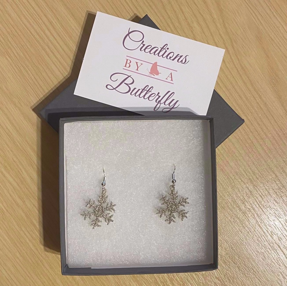 FSL Embroidered Metallic Silver Snowflake Earrings