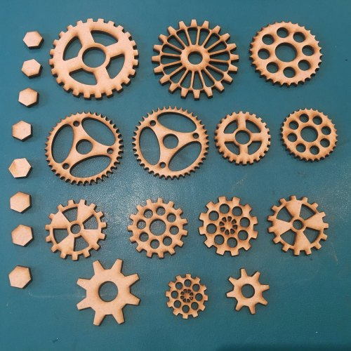 Steampunk Cogs & Gears (22 Pieces)