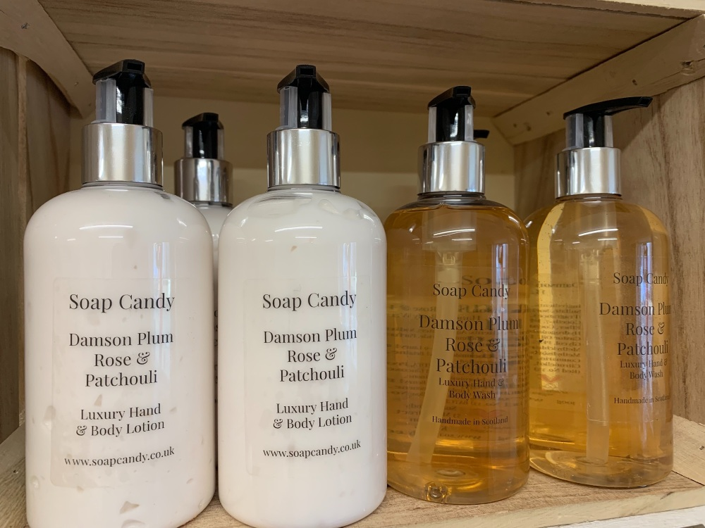 Damson Plum, Rose and Patchouli Hand & Body Lotion