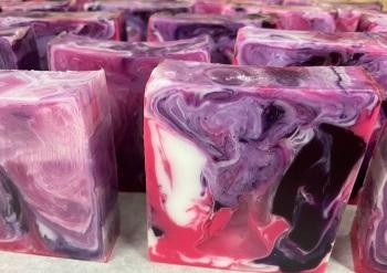 Black Raspberry & Vanilla Soap