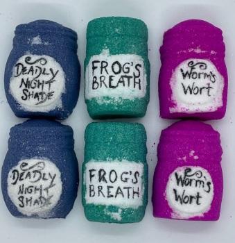 Frogs Breath Potion Bath Bomb
