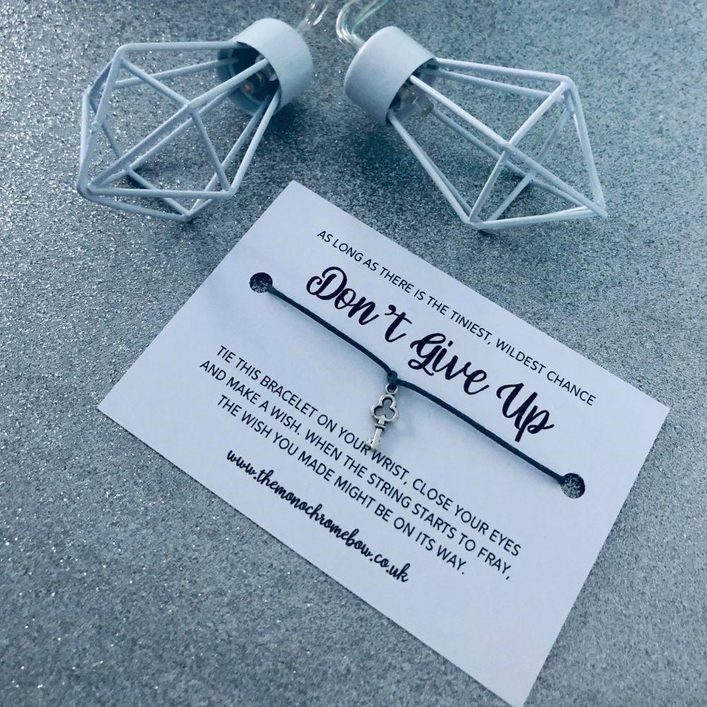 'Don't Give Up' Wish Bracelet