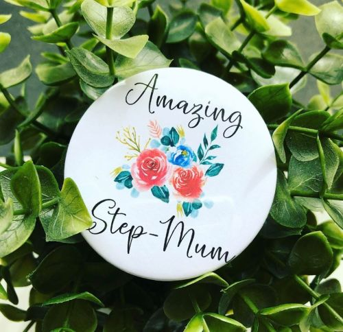 'Amazing Step-Mum' Badge