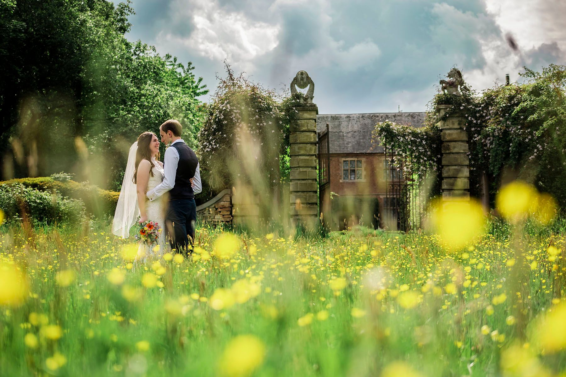 Hellens website weddings