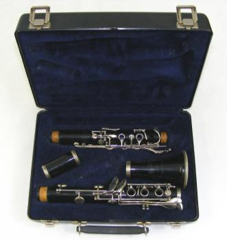 Bundy Bb Clarinet (Pre-owned)
