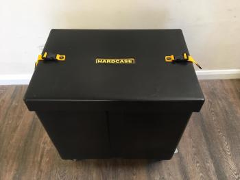 "Hardcase 25""x17""x22"" with Dividers"