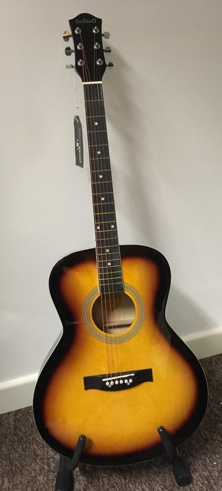 Chicago Acoustic Folk Body Sunburst Guitar Outfit