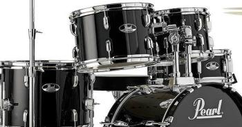 Roadshow 5 Piece Drum Kit in Jet Black Finish