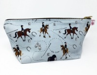 Dressage Wash Bag