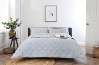 Pheasants with Dots Bed Spread