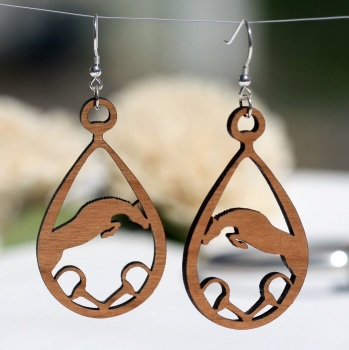 Jumper with Snaffle Cherry Wood Earrings