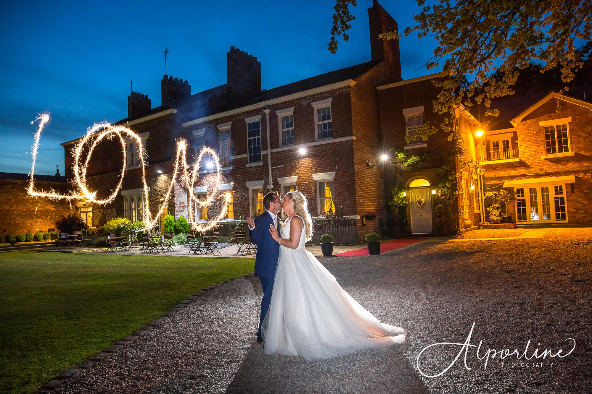 Singleton-lodge-wedding-photograph-fylde-wedding-photographer.jpg