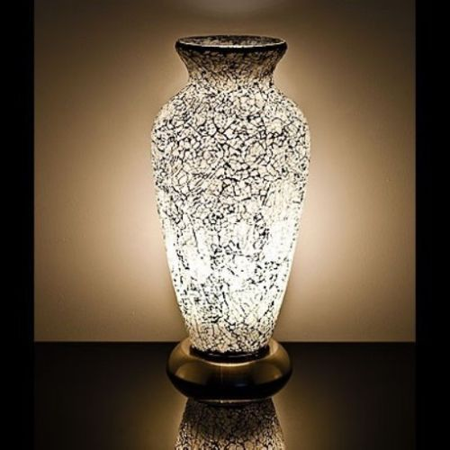 White Mosaic Vase Lamp