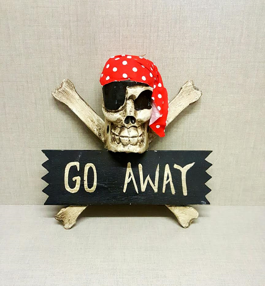 "Hand carved Pirate Plaque ""GO AWAY"" Skull & Cross Bones Sign"