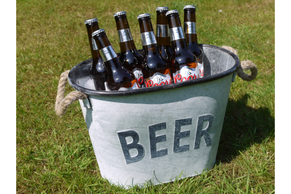 Large Vintage Style Metal Beer Chiller Ice Bucket