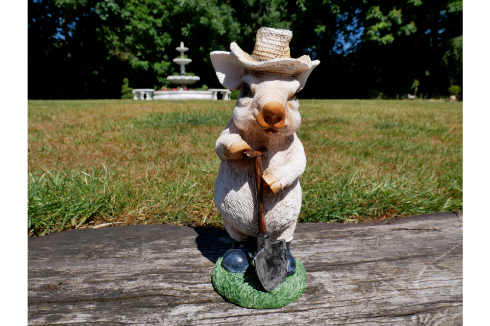 Quirky Pig With Spade Lawn Ornament