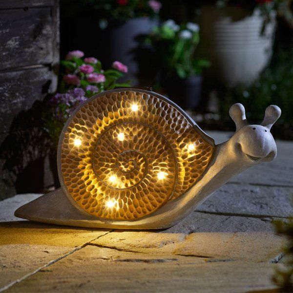 Solar Powered LED Stone Wood Effect Snail Light Outdoor Garden Ornament