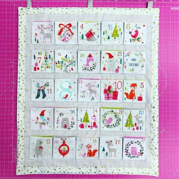 Advent Calendar Kit Christmas DIY Panel Joli Noel 2019 Metallic Animals Project Cotton Fabric by Dashwood