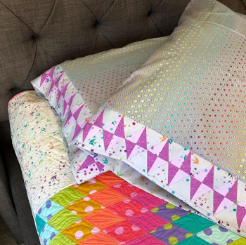 Journey to Nebula Bonus Pattern 1: Gemstones Pillowcases Fabric Kit