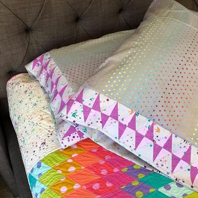 Journey to Nebula Bonus Pattern 1: Gemstones Pillowcases Fabric Kit