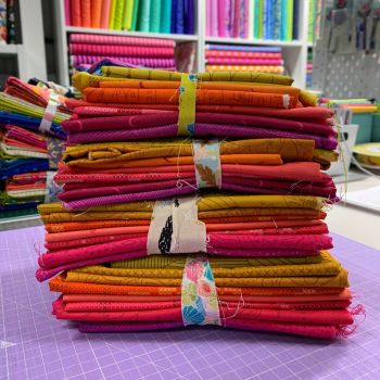 Andover All Stars Hot Colours DESTASH 9 Prints Stash Starter Bundle Cotton Fabric Stash Stack