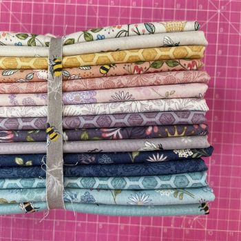 Lewis and Irene Queen Bee 15 x Fat Quarter Bundle Cotton Fabric Cloth Stack Full Collection