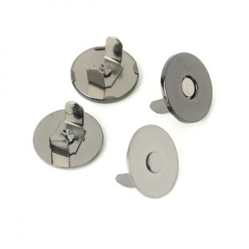 """Sallie Tomato 3/4"""" Magnetic Snaps Hardware Gunmetal for Bag and Purse Making - Set of 2"""