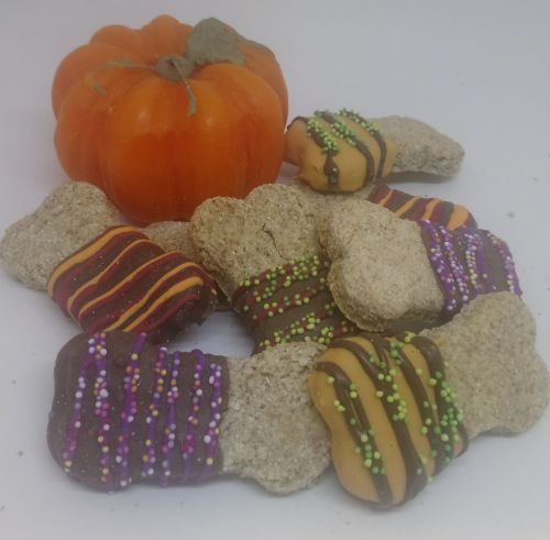 Pack of 2 small Halloween iced bones