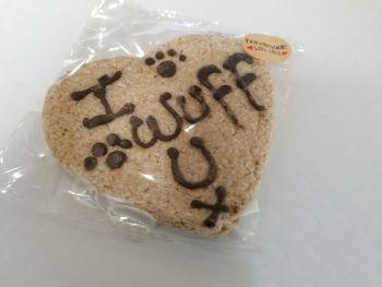 I Wuff U Heart Biscuit