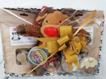 Moppy reindeer large hamper