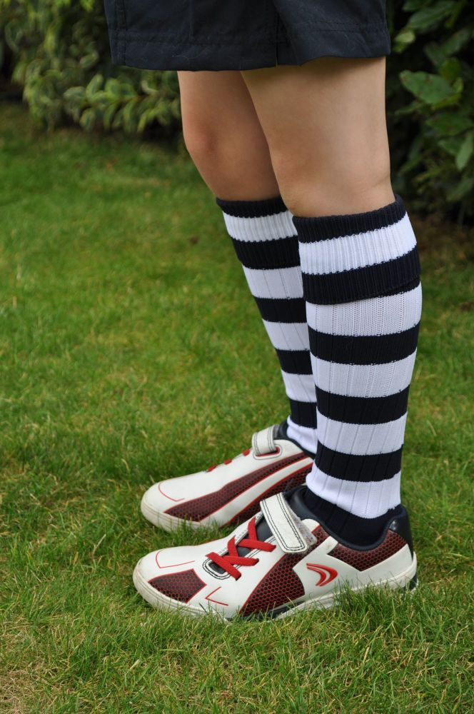 KS2 Hooped sports socks